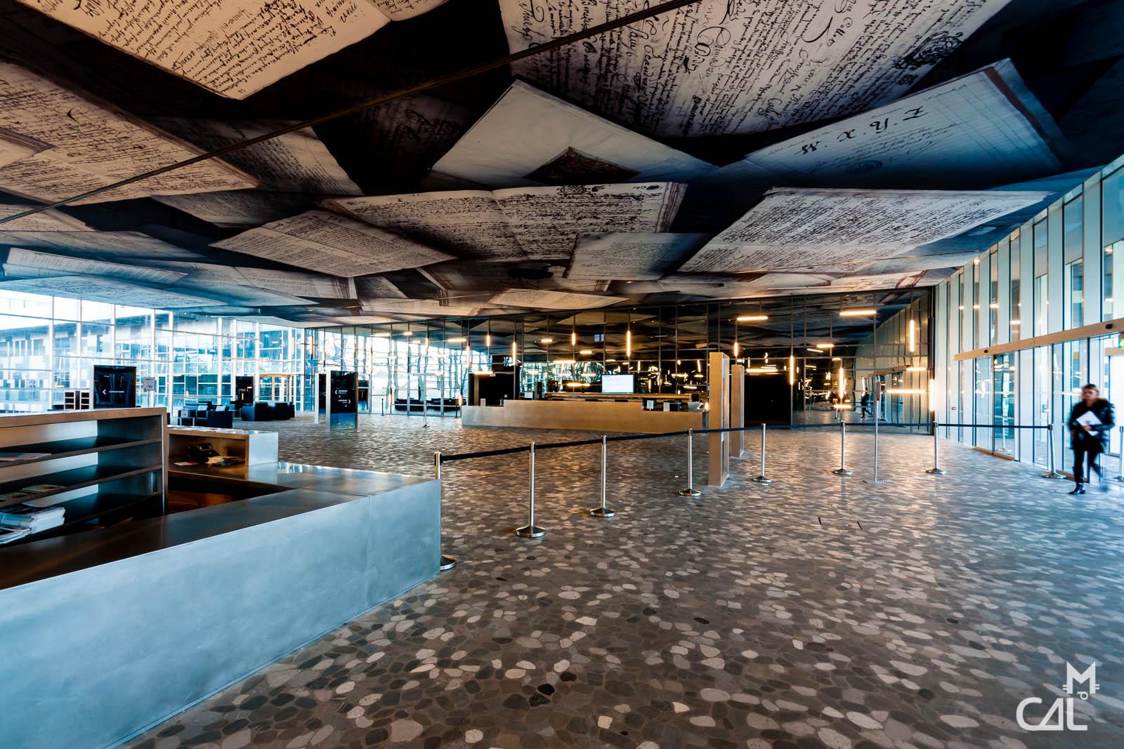 Montpellier hall principal de l h tel de ville mon for Hotel piscine montpellier
